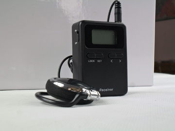China Small Size 008A Wireless Interpretation System For Simultaneous Interpretation distributor